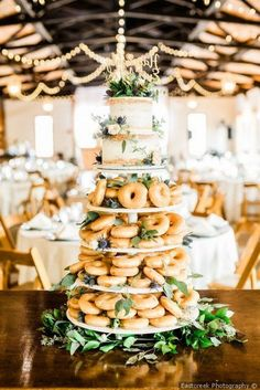 The more desserts the merrier with this half cake half donut wedding cake displa. The more desserts the merrier with this half cake half donut wedding cake display - wedding cake ideas {Eastcreek Photography} Donut Wedding Cake, Wedding Cake Display, Wedding Cake Images, Wedding Donuts, Summer Wedding Cakes, Brunch Wedding, Wedding Cake Designs, Wedding Desserts, Summer Weddings