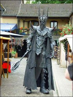 Sauron Cosplay