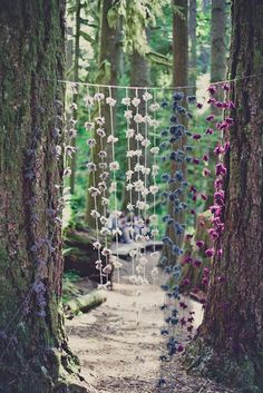 Cheap Wedding Decorations Which Look Chic ❤ See more: http://www.weddingforward.com/cheap-wedding-decorations/ #weddings