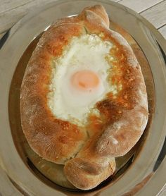 Hummus, Pancakes, Eggs, Breakfast, Ethnic Recipes, Food, Morning Coffee, Essen, Pancake