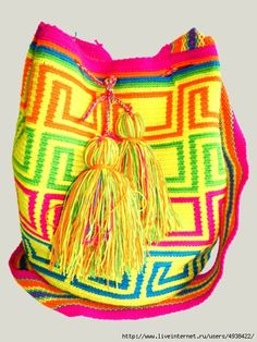 Dense knitting and woven handles are a Crochet Chart, Filet Crochet, Knit Crochet, Crochet Handbags, Crochet Purses, Tapestry Crochet Patterns, Knitting Patterns, Jumpers For Women, Sweaters For Women