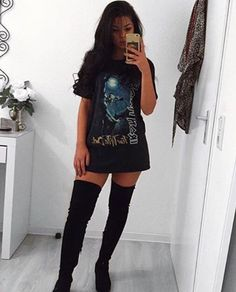 Oversized T-shirt with thigh high boots #kneehighbootsoutfit