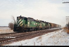 RailPictures.Net Photo: BN 1883 Burlington Northern Railroad EMD GP9 at East of Monmouth, Illinois by Craig Williams