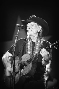 Willie Nelson live at ACL festival, Austin Texas, Acl Festival, Star Wars, Willie Nelson, Ringo Starr, Classic Rock, Country Music, The Beatles, Vintage Photos, Punk