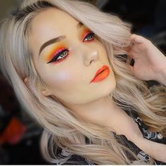 #boldlips • Instagram photos and videos Makeup Trends 2018, Fall Makeup Looks, Natural Wedding Makeup, Best Cardio Workout, Bold Lips, Skull Makeup, Anastasia Beverly Hills, Huda Beauty, Best Makeup Products