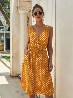 To find out about the Button Front Polka Dot Drawstring Dress at SHEIN, part of our latest Dresses ready to shop online today! Dot Dress, V Neck Dress, Tank Dress, Dress Shoes, Shoes Heels, Long Sleeve Shirt Dress, Knee Length Dresses, Casual Dresses, Casual Midi Dress
