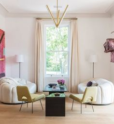 https://www.1stdibs.com/photo/contemporary-living-room/761393/
