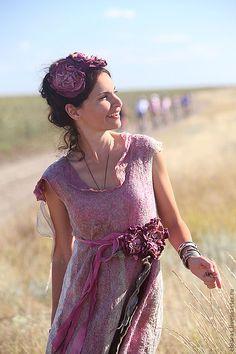 """Купить авторское платье """"Florentina"""" - бежевый, малиновый, вечернее платье, авторское платье, свадьба"""