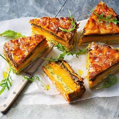 Layered vegetable ba Layered vegetable bake recipe with colourful vegetable layers a gorgeous vegetarian main or side dish Vegetable Recipes, Vegetarian Recipes, Healthy Recipes, Vegetarian Bake, Vegetarian Main Dishes, Lunch Recipes, Delicious Recipes, Keto Recipes, Breakfast Recipes
