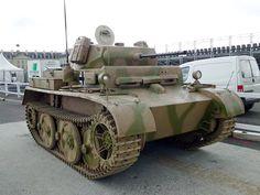 L «Luchs Army Vehicles, Armored Vehicles, Panzer Ii, Saumur, War Thunder, Military Armor, Ww2 Tanks, Military Equipment, War Machine