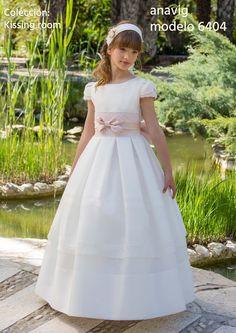 Princess Flower Girl Dresses, Girls Dresses Online, Communion Dresses, First Communion, Lace Trim, White Dress, Peach, Bows, Wedding Dresses
