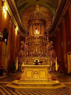 Altar en la catedral de salta.argentina