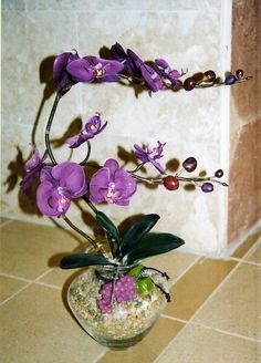 Artificial flowers designed by Svetlana Lunin.