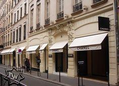 The Holy Grail of fashionistas.. Chanel Paris!   31 rue Cambon  75001 , Paris
