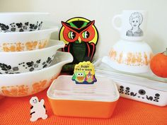 Happy Halloween! | Flickr - Pyrex collection via AquaOwl