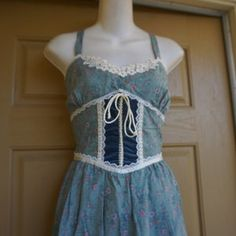 70's Gunne Sax Turquoise Floral Midi Sundress Sz S | Etsy Lace Corset, Lace Maxi, Midi Sundress, Gunne Sax, Lovely Dresses, Dream Dress, Bodice, Bohemia People, Hippie Dresses
