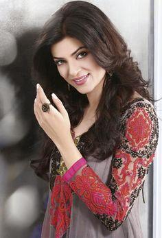 Susmita sen Salwar suit Collection www.sareebuying.com