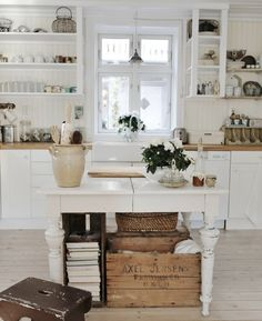 Farmhouse Glam Kitch