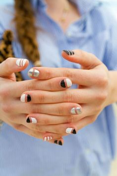 How cool are these black, white and silver nails?