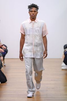 cdg-shirt-rtw-spring-summer-2019-mens-paris-fashion-week-681.jpg (JPEG Image, 1366×2050 pixels)