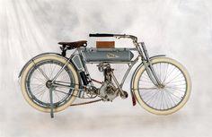 1910 YALE MOTORCYCLE