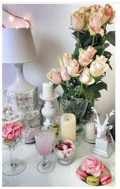Flower Market, Love Is Sweet, Macarons, Magnolia, Glass Vase, Bouquet, Table Decorations, Coffee, Flowers
