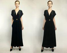 Vintage 90s Black Minimalist Velvet Pleated Structural Deep V Palazzo Jumpsuit Pantsuit S M