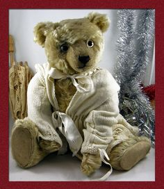 The Old Bear Company (UK) specialising in antique teddy bears early to including early Steiff, Bing, Chad Valley, Merrythought and many more. Antique Teddy Bears, Vintage Toys, Kiss, Old Things, Antiques, Animals, Antiquities, Animales, Antique Toys