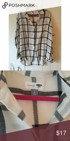 super soft old navy flannel! White with black plaid, boyfriend fit, soft flannel shirt. Perfect for fall and winter! Only worn once. Old Navy Tops Button Down Shirts