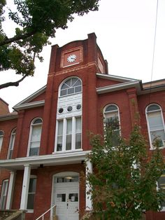 Ripley County Courthouse 2009, the tower was modified just above the arched window as a result of the tornado on Easter Sunday in 1929, take a close look and you can see the water damage that has deteriorated the tower area over the years.