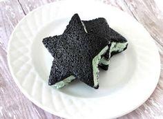 Cucinare che Passione: Sandwich di Gelato alla Menta con scaglie di Cioccolato