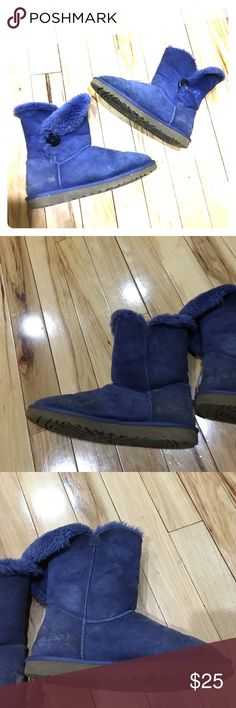 Ugg purple suede boots sz 9 1/2 UGG boots purple size 9 1/2 they need to be cleaned I just ran out of a suede cleaner non-smoking home fast delivery at an excellent price get them today UGG Shoes Winter & Rain Boots