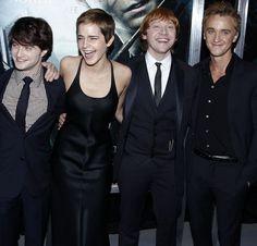 "harry potter cast | Harry Potter Cast say ""Twilight Blows!"" | Sugarscape |"