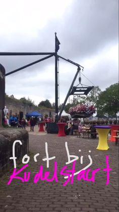 Het Aalsmeer Flower Festival op Fort bij Kudelstaart, plus een dwaaltocht in en achter het fort: Snapchat 'stampions' #AalsmeerFlowerFestival #FortbijKudelstaart