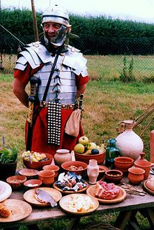 Roman Food Recipes and other Interesting/Important info for Authentic Food; throw in a Roman soldier for your Healer of Carthage Toga party. Old Recipes, Vintage Recipes, Italian Recipes, Cooking Recipes, Yummy Recipes, Medieval Recipes, Ancient Recipes, Ancient Roman Food, Ancient Rome