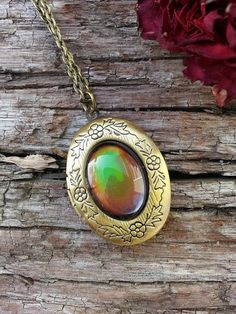 Locket Mood Necklace Vintage Inspired Color Changing Golden Bronze Rare Handmade Fashion Jewelry
