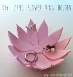DIY Lotus Flower Ring Holder // easy polymer clay craft tutorial from Yay for Ha - Cell Phone Finger Holder - Ideas of Cell Phone Finger Holder - DIY Lotus Flower Ring Holder // easy polymer clay craft tutorial from Yay for Handmade! Easy Polymer Clay, Diy Fimo, Polymer Clay Projects, Polymer Clay Creations, Diy Clay, Diy Mothers Day Gifts, Diy Gifts, Gifts For Mom, Handmade Gifts