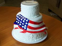 A Salute to Patriotic Wedding Cakes Military Wedding Cakes, Military Cake, Military Weddings, Military Party, Army Cake, Flag Cake, July Wedding, Dream Wedding, Wedding Stuff