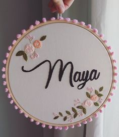 Embroidery Hoop Decor, Basic Embroidery Stitches, Floral Embroidery Patterns, Hand Embroidery Videos, Creative Embroidery, Simple Embroidery, Hand Embroidery Stitches, Ribbon Embroidery, Punch