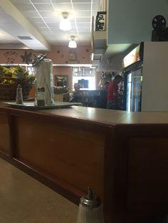 Mi lugar favorito viernes en las mañanas...cafe Utopia Ponce Puerto Rico. Calle Isabel Frente a La Plaza.