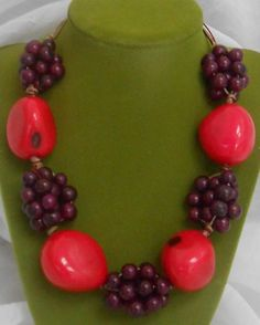 Artículos similares a All Natural Tagua and Acai Seed Necklace en Etsy How To Make Beads, Beaded Jewelry, Jewerly, Diy And Crafts, Crochet Necklace, Seeds, Jewelry Making, Handmade, Etsy