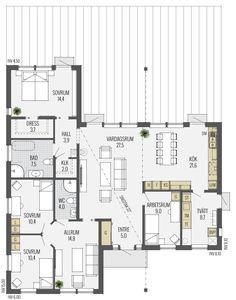 """Trend tar fasta på sin """"funkisanda"""" och har en spännande och genomtänkt planlösning. Invändigt är Trend ljust och välkomnande med generösa fönster från golv till tak som sprider ljus i stora delar av huset. Vardagsrummet är centralt placerat och har gott om plats för gemenskap och avkoppling. Härifrån kan du kliva rakt ut till en … Dream House Plans, House Floor Plans, My Dream Home, Philippines House Design, Philippine Houses, Sims 4 Houses, Swedish House, Level Homes, House Layouts"""
