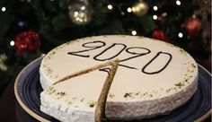 New Year's Cake, Apple Roses, Sugar Baby, Christmas Treats, New Years Eve, Recipies, Deserts, Food And Drink, Birthday Cake