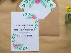 This Sincerely May design is perfect for couples planning English garden themed #weddings.