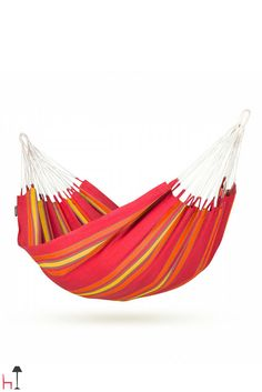 The Currambera single hammock by La Siesta is made of pure, high-quality cotton.