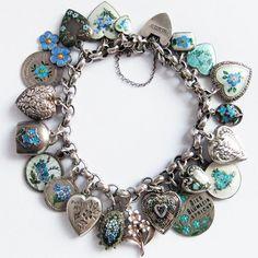 My charm bracelet Vintage Charm Bracelet, Sterling Silver Charm Bracelet, Vintage Jewelry, Charm Bracelets, Jewelry Art, Jewelry Design, Designer Jewelry, Motifs Animal, Contemporary Jewellery