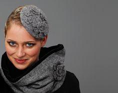 *Minihut - kleiner Hut - Haarschmuck - eleganter Fascinator aus Wollstoff in steingrau, Wollfilz, gekochte Wolle, leicht melliert*    Billies aus Mannheim - wunderbar !