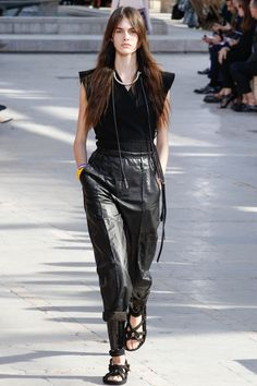 http://www.vogue.com/fashion-shows/spring-2016-ready-to-wear/isabel-marant/slideshow/collection