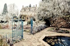 Barnsley House in frost - Listed on Top 10 Gloucestershire wedding venues