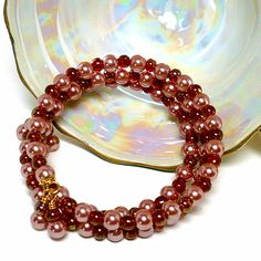 Vintage Rose Glass Pearl and Czech Red Glass Gold Memory Wire Bracelet | KatsAllThat - Jewelry on ArtFire @Kathy Chan Launiu
